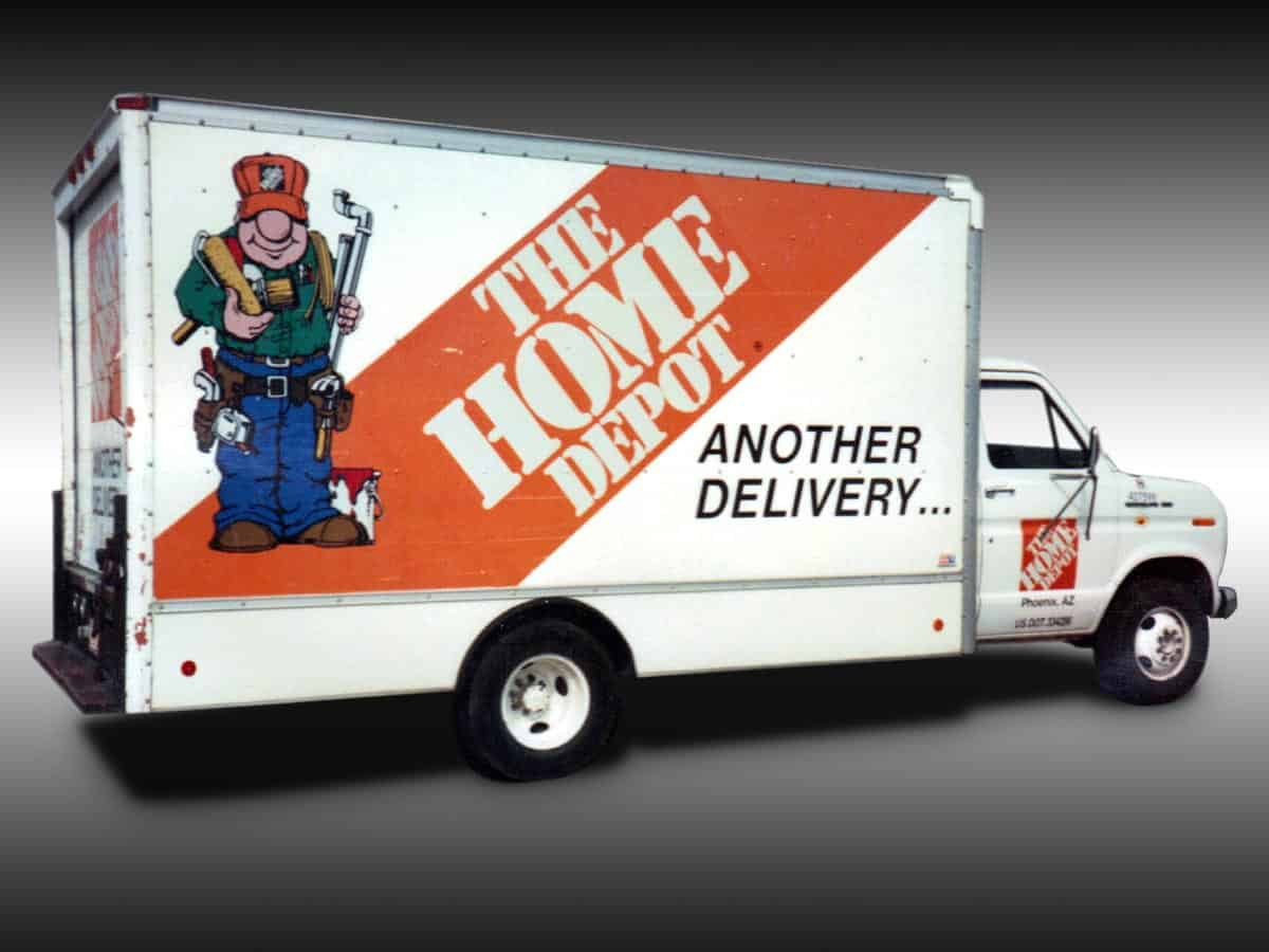 · Home Depot reported 3rd quarter sales and earnings that were above expectations. The outlook is very good as the company focuses on innovation, quick delivery.